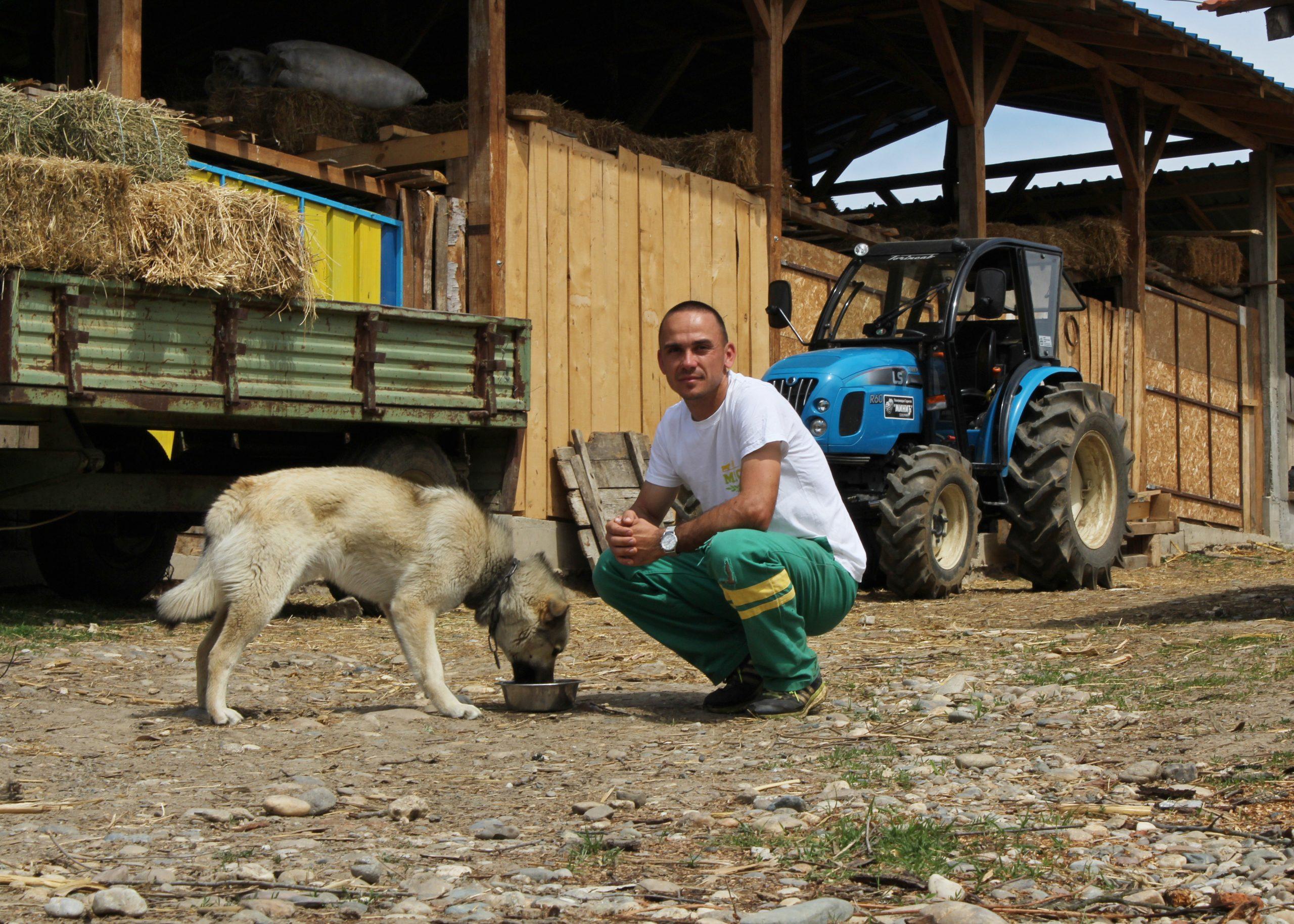 Motivacioni trener delima, Mladen Minić
